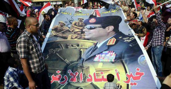 Sisi'ye imza kampanyası...