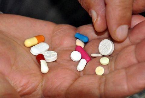 ''Sosyal medya üzerinden ilaç almayın''