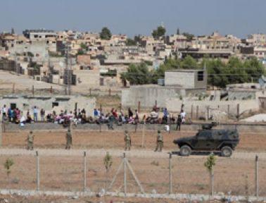 Suriye Sınırında Kürtçe Anons...