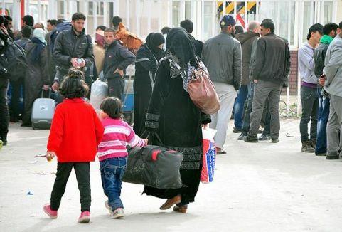 Suriye'den kaçışlar devam ediyor...