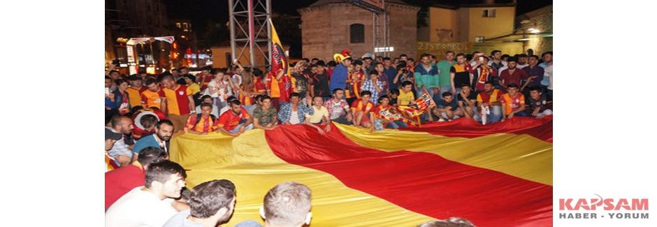 Taksim'de Galatasaray coşkusu