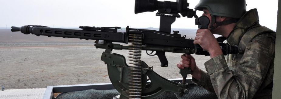 Teröristlerden askere taciz ateşi