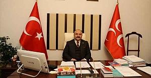"""""""Cumhuriyet hepimizin şeref simgesi, varlık nişanesidir"""""""