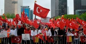 Belçikalı Türkler dünyaya seslendi