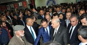 MHP'nin mitinginde TRT yuhalandı