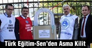 Türk Eğitim-Sen'cilerden  anadolu Lisesine Asma kilit