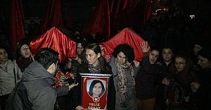Operasyonda ölen 2 kadının cenazesi Gazi Cemevi'ne getirildi