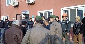 Soma'da eylemci 11 madenci gözaltına alındı