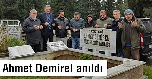 Demirel mezarı başında anıldı