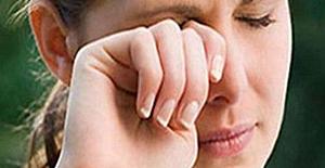 Baharda gözde alerjik iltihabı...