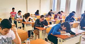 Parasız Yatılılık ve Bursluluk Sınavı 28 Mayıs'ta