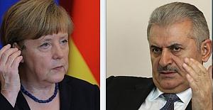 Başbakan Yıldırım ile Almanya Başbakanı  Merkel telefonda görüştü