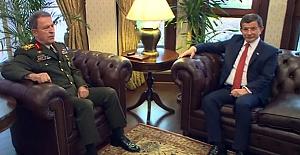 Davutoğlu'ndan Genelkurmay'a veda ziyareti