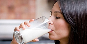 Beş saatlik tokluk için sahurda bir bardak süt için