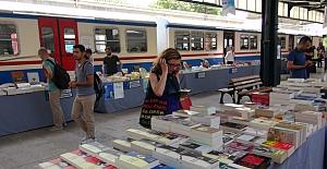 Haydarpaşa Gar İstasyonu'nda kitap günleri başladı
