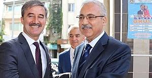 Turgutlu Belediyesi Vali Güvençer'i Ağırladı