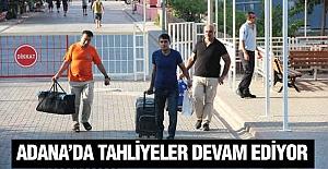 Adana'da cezaevinden tahliyeler başladı