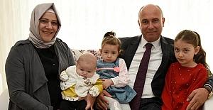 Başkan Togar'dan, Bebeklere 'Hoş Geldin Bebek' Seti