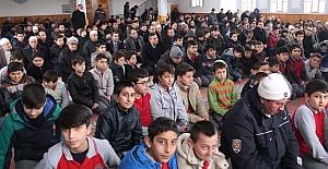 Beşiktaş ve Kayseri Şehitlerine Öğrencilerden Hatim-i şerif