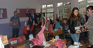 Havza Ülkü Ocakları, Öğrencilere Diş Fırçası ve Macunu Dağıttı