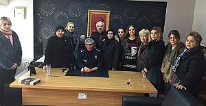 MHP Atakum  Kadın Kolları  Polis Merkezi'ni Ziyaret Etti