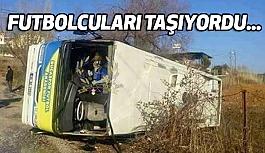 Torbalı'da Futbolcuları Taşıyan Otobüs Kaza Yaptı