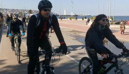 """Bisiklet Yolu, Bisikletlinin Hakkı"""