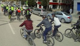 Kalp sağlığı için 9 kilometre bisiklet sürdüler