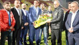 Ülkücülerden Evkur Malatyaspor'a destek Ziyareti