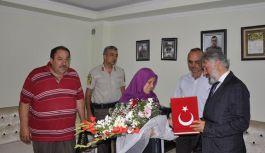 Ayvacık Belediyesi Şehit Ailelerini ziyaret Etti