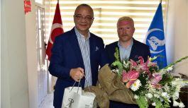 Manisa Büyükşehir Belediye Başkanı Cengiz Ergün, Ülkü Ocaklarını Ziyaret Etti