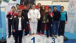 Canik Belediyespor Şampiyonlar Yetiştiriyor