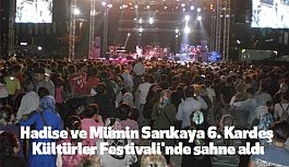 Hadise ve Mümin Sarıkaya Ataşehir'de Sahne Aldı
