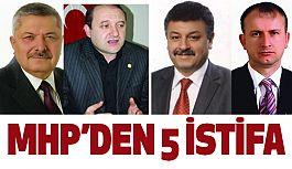 Samsun MHP'den 5 Meclis Üyesi İstifa Ettiğini Açıkladı