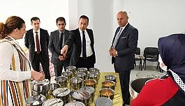 Tekkeköy Belediyesi Hacı Rıfat Beytekin aşevinden 300 aileye sıcak yemek