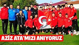 Samsunsporlu Futbolcular; Aziz Atamızı Anıyoruz