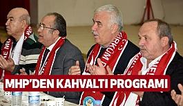 Saruhan'da MHP'den Kahvaltı Organizasyonu