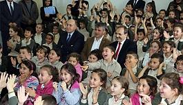Bafra Belediyesinden Çocuklara Ayla Filmi ve Aşık Veysel
