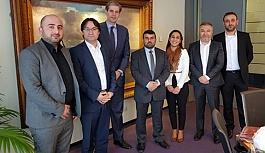 Hollanda Türk Federasyon'dan Dordrecht Belediyesine ziyaret