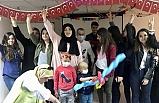 Ülkü Ocakları Lösemili Çocuklarla Pasta Kesti