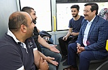Başkan, Vatandaşları Otobüste Dinledi