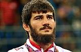 Soner Demirtaş, Zelimkhan Khadjiev'i yenerek altın madalya kazandı