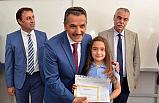 Samsun Valisi Osman Kaymak Öğrencilere Karne Dağıttı