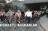 Makam Aracını Terk Eden Bisikletli Başkanlar