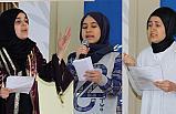Manisa'da Gençler Şiirlerle Yarıştı