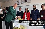 Cumhurbaşkanı Erdoğan ve eşi Emine Erdoğan oylarını kullandı