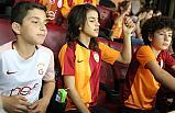 Derbiyi, Galatasaray'ın Tahsis Ettiği Locadan İzladiler