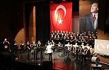 Atakum'da Atatürk, sevdiğişarkılarla anıldı