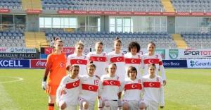 A Milli kadın basketbol takımı Rusya'yı mağlup etti
