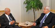 Adli Mansur hükümetin istifasını kabul etti...